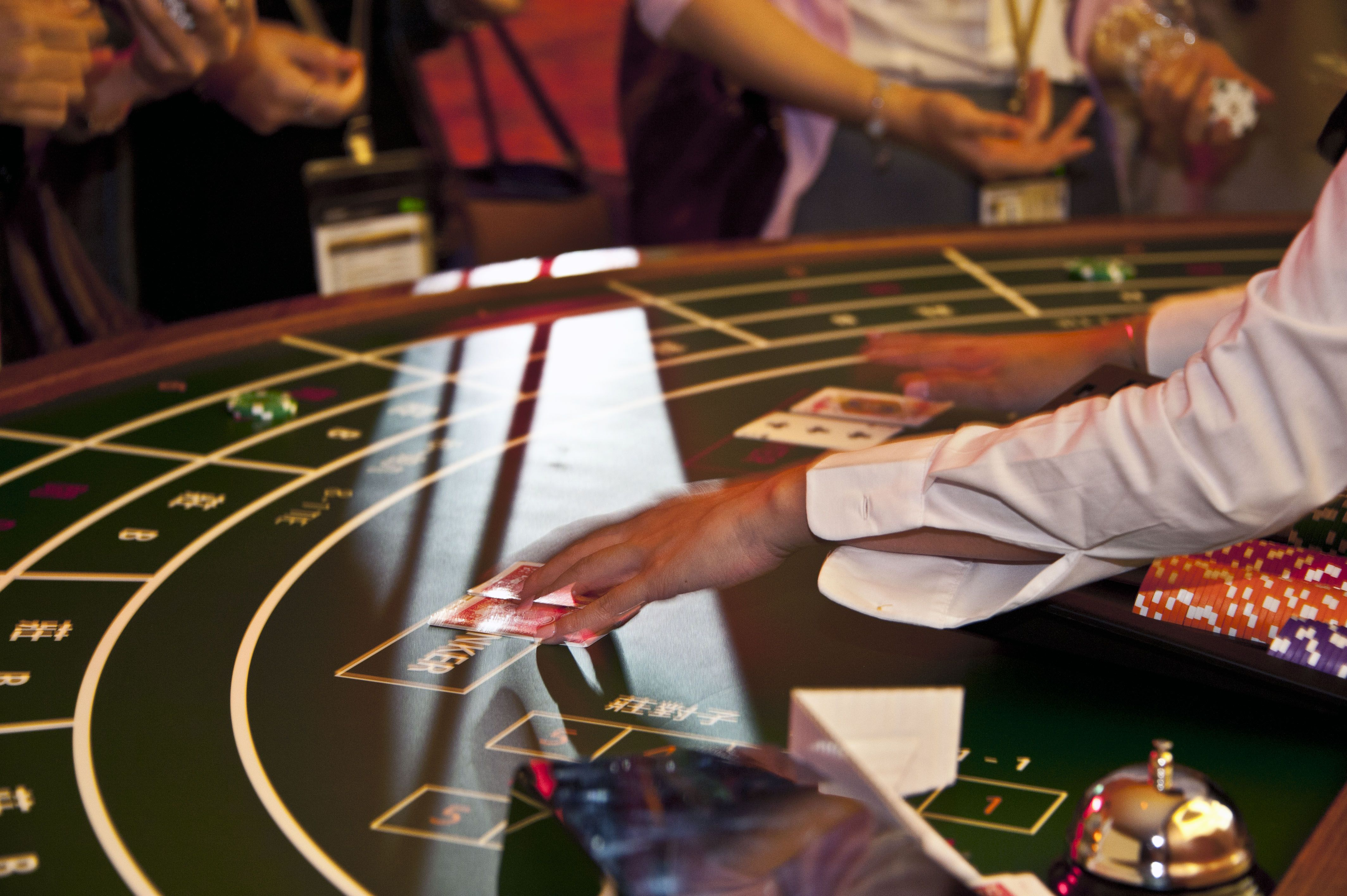 In this theme party, play the popular table games, collect chips and win surprise prizes at the end!
